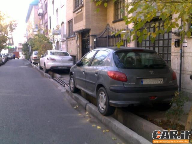جریمه پارک خودرو در پیاده رو چقدر است؟