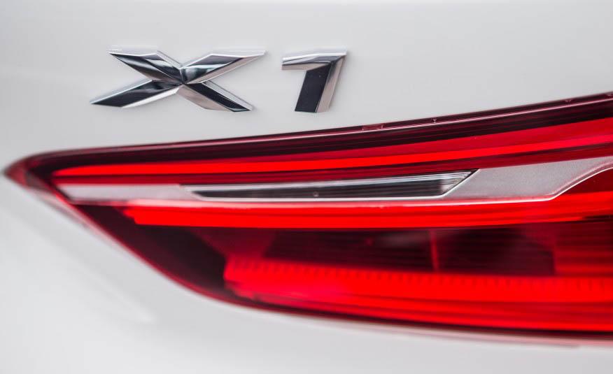 تست و بررسی بامو X1 مدل ۲۰۱۶